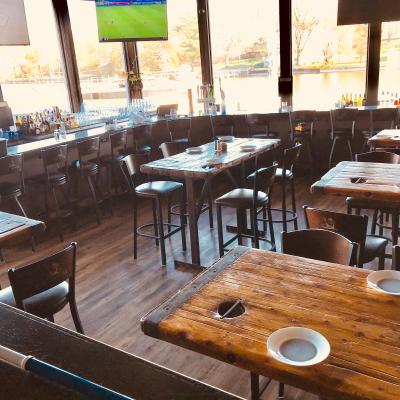 Salem Lounge